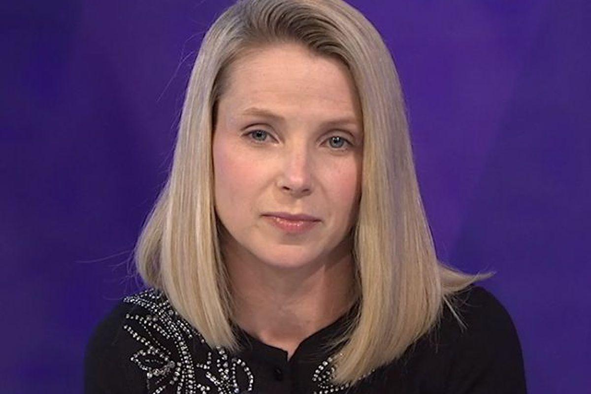 Despite Wall Street Noise and Sale Rumors, Yahoo Board Backs Mayer