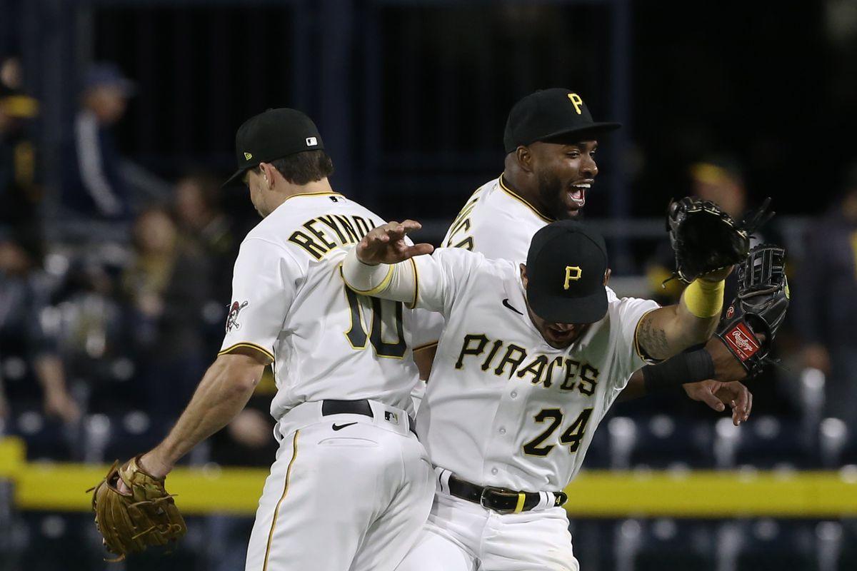 The St. Louis Cardinals should respectfully defeat the Pittsburgh Pirates -  Viva El Birdos