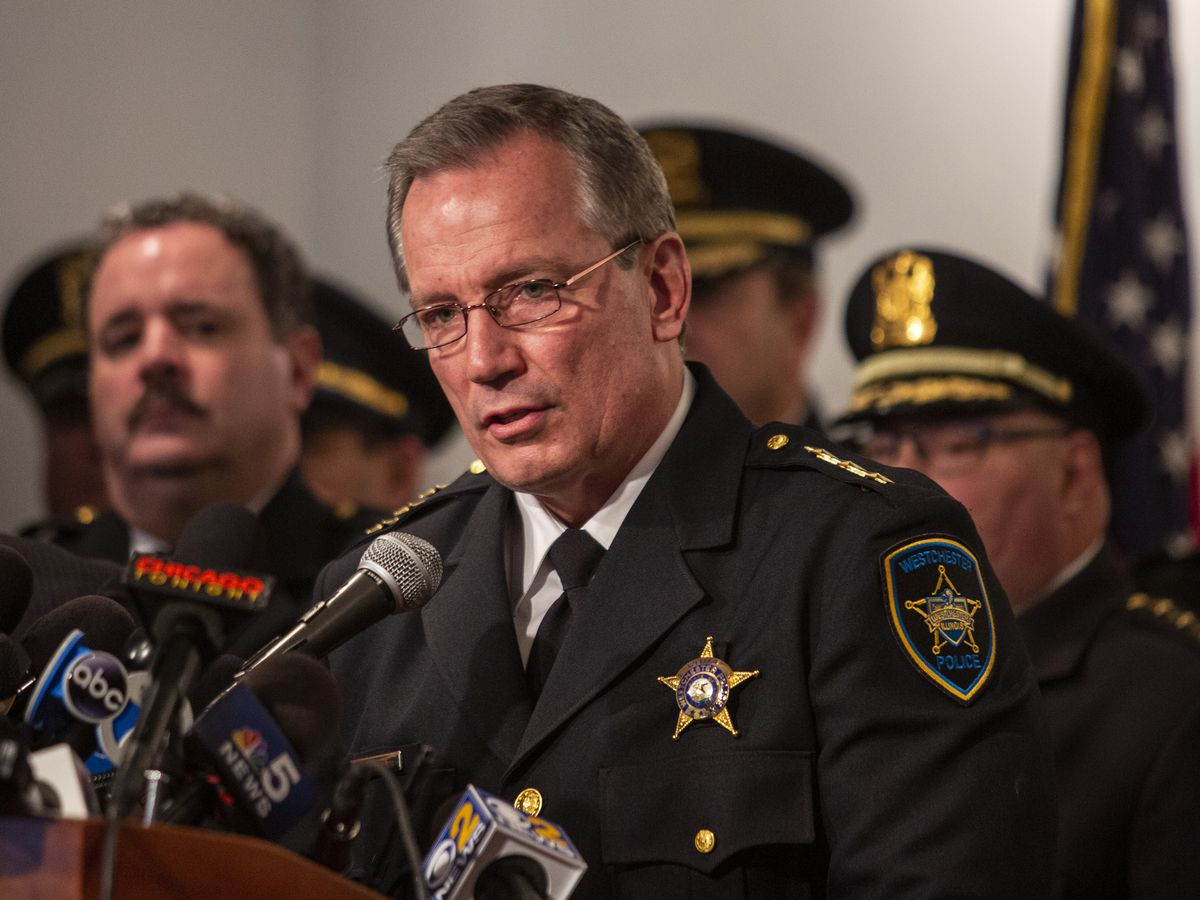 """Chief Steven Stelter, of the Westchester Police Department, speaks during a press conference with the Fraternal Order of Police Lodge 7, Thursday, April 4, 2019, in Chicago, to announce a """"no confidence"""" vote in the leadership of Cook County State's Attor"""
