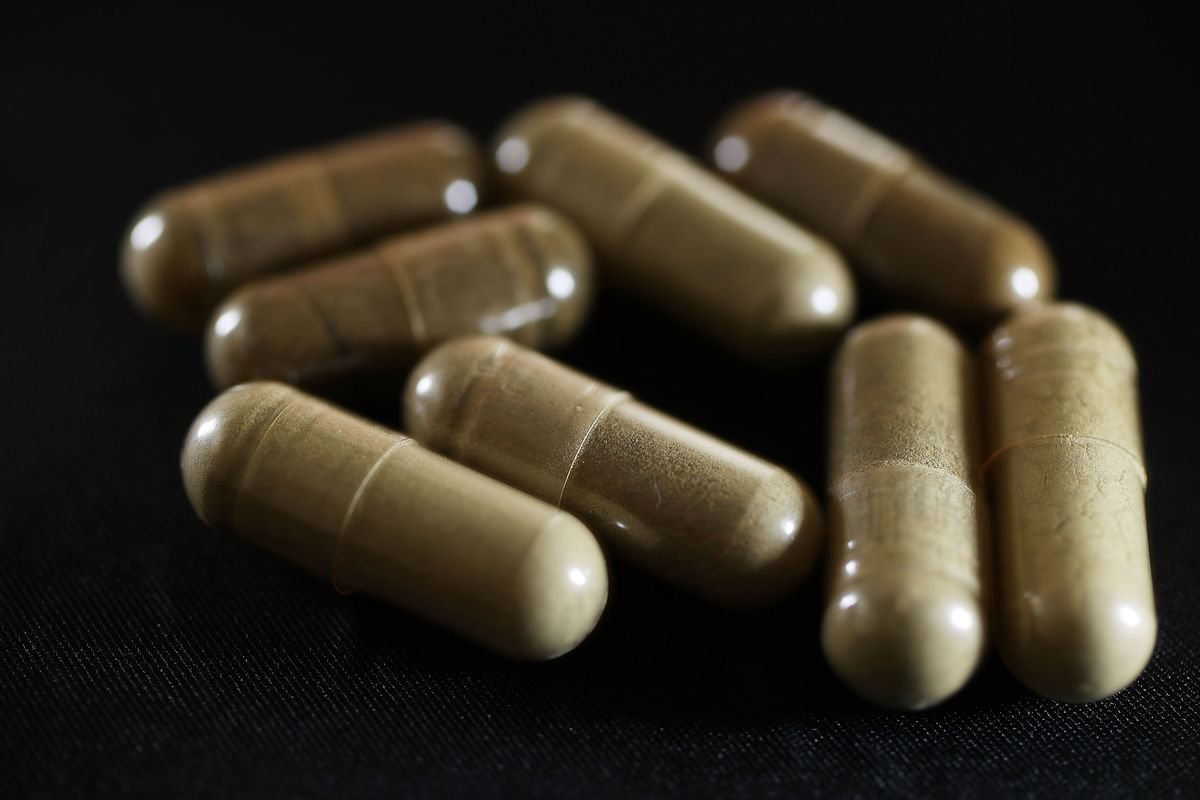 Florida Struggles With Legal Herbal Supplement Which Mirrors Opiate Narcotic Effects