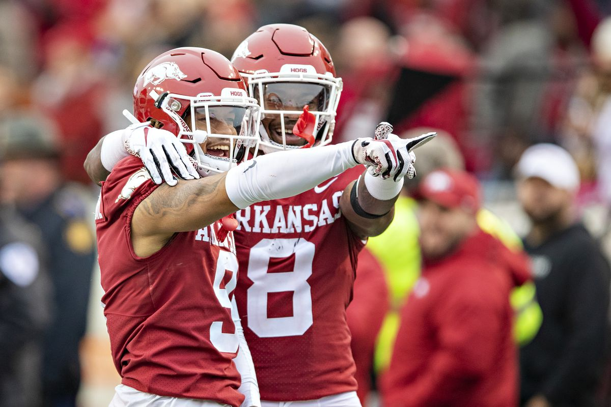 Arkansas College Football Return Date AD Says Team Can Return To Campus June SEC Likely To Disagree DraftKings Nation