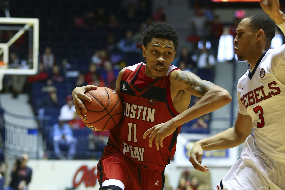 Khalil is just one of several important returning players for Austin Peay in 2015-2016