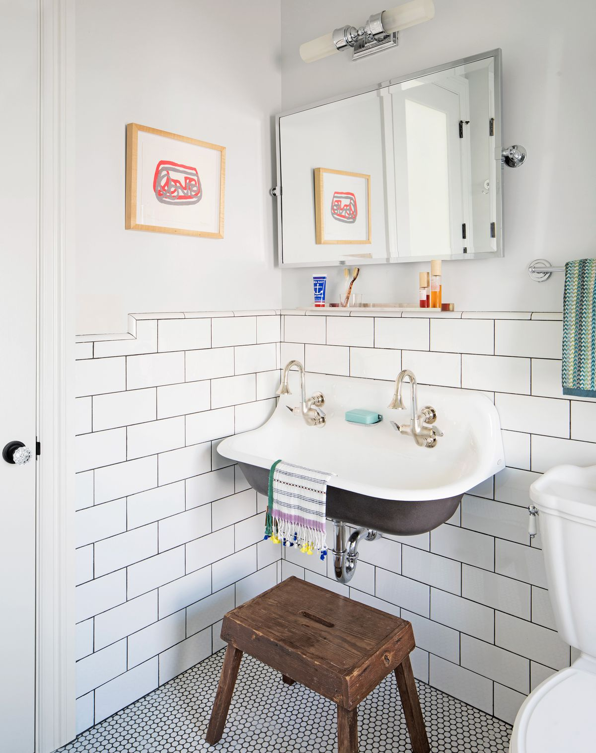 Reed House, childrens' bath sink
