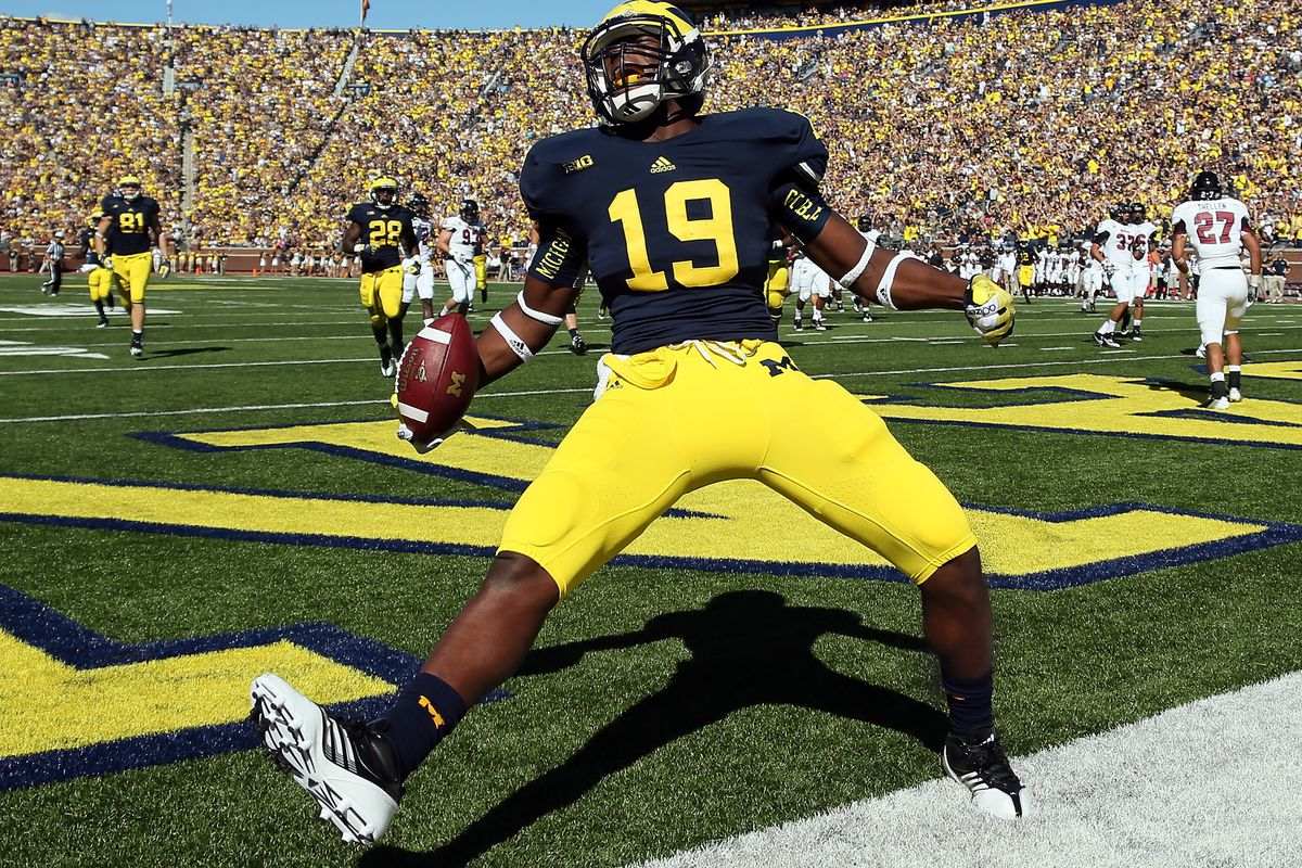 <strong>Michigan has a baby Eifert on their team now.</strong> (Photo by Dave Reginek/Getty Images)