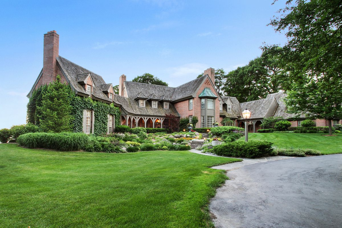Former Wrigley Family Estate In Lake Geneva Sells For A