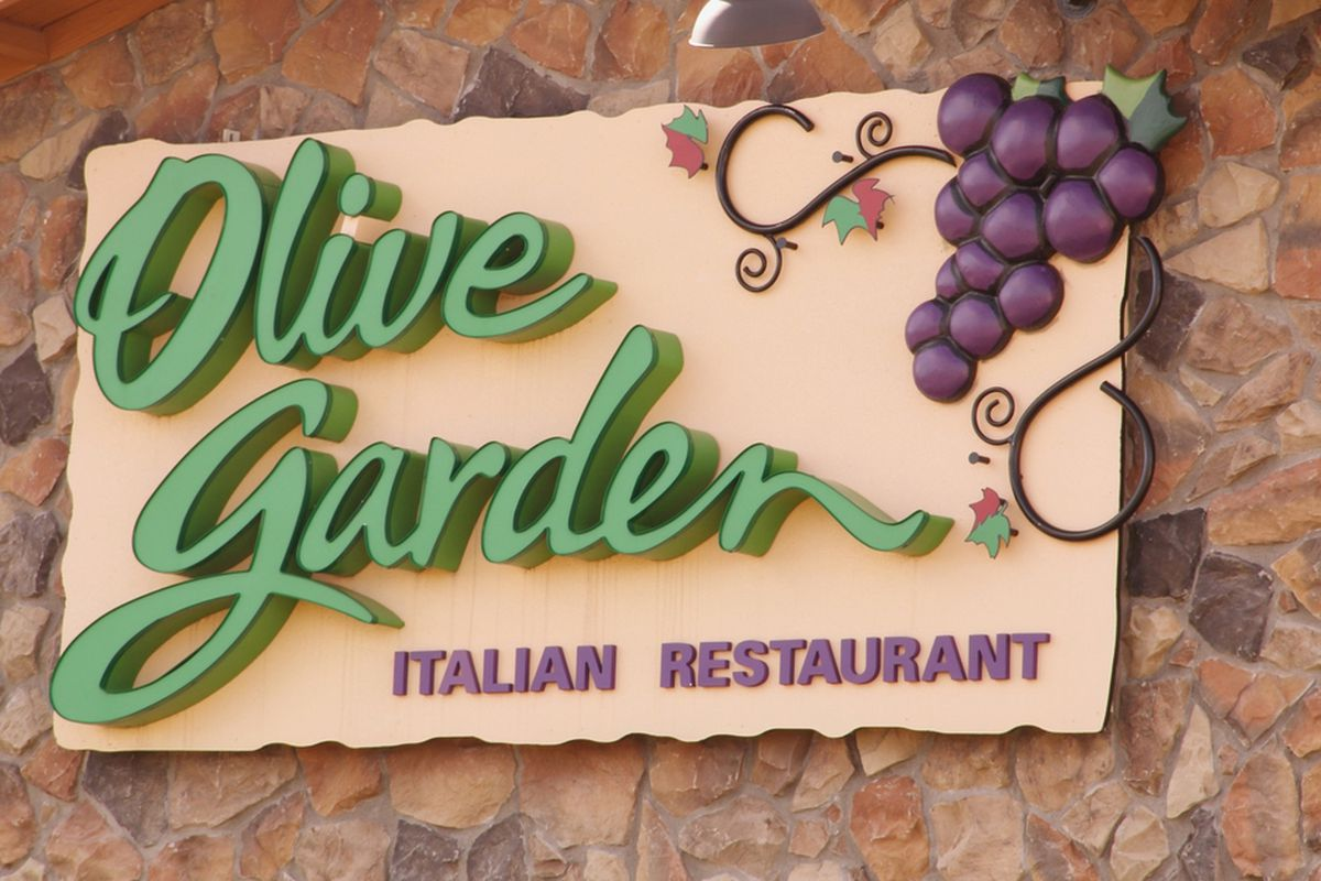 while olive gardens parent company darden - Olive Garden Francise