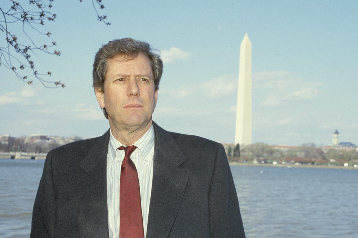 Michael Murphy standing in front of the Washington Monument.