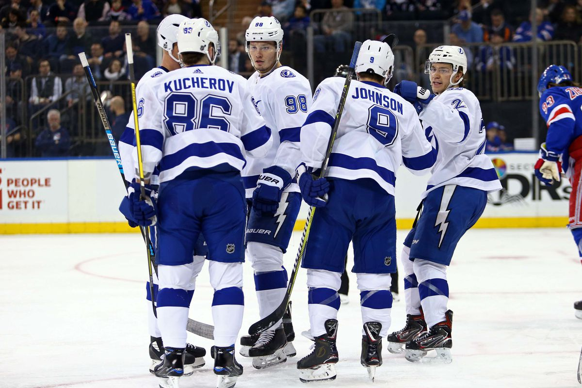 3bf60142e Quick Strikes  Tampa Bay Lightning win 10 straight for the first ...