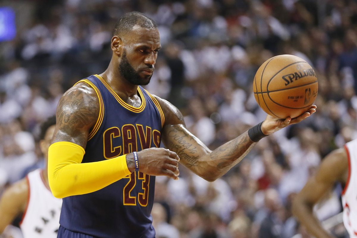25d82d16e72 LeBron James may be avoiding clutch free throws