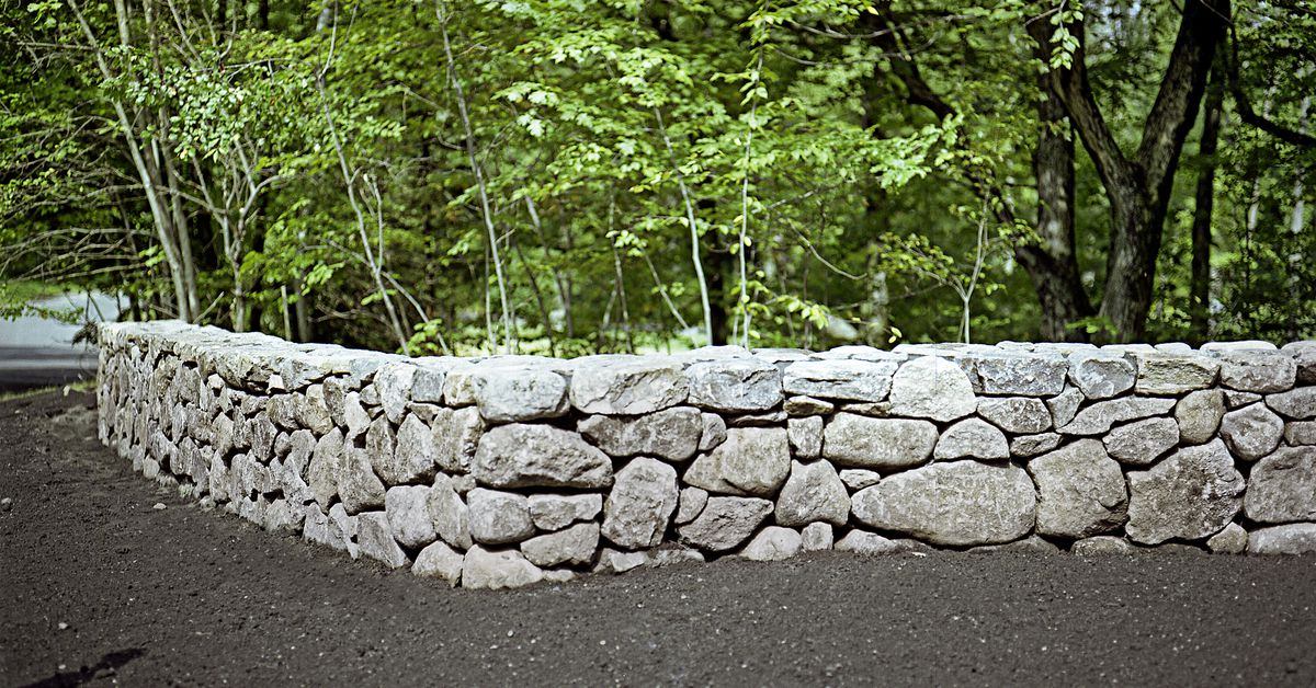 Fieldstone Wall Learn How To Build One In 6 Steps This Old House