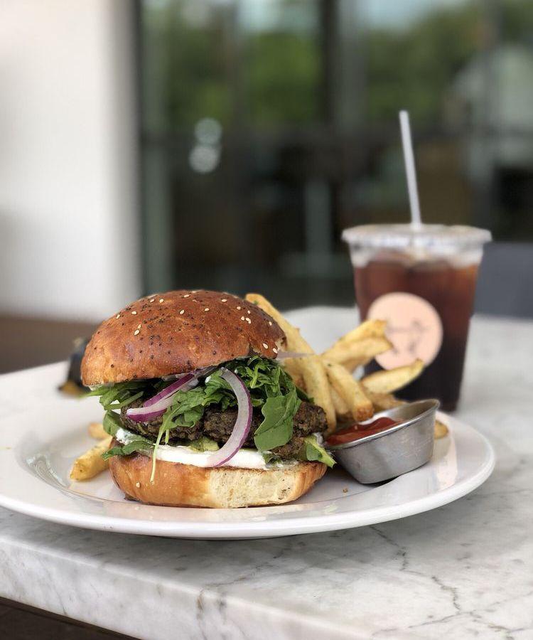 The burger at Hank's