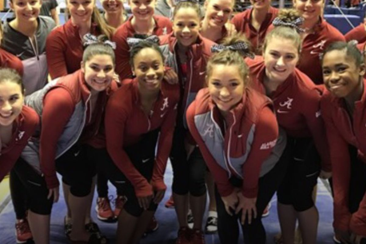 Tide Gymnasts in 23rd Super Six