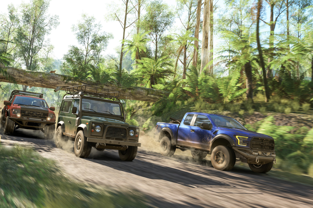 Forza Horizon 3 three trucks in the jungle