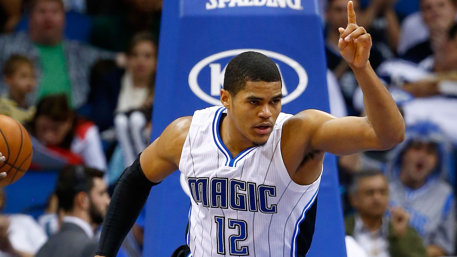 Lakers Free Agency: Updates and the latest rumors on ...