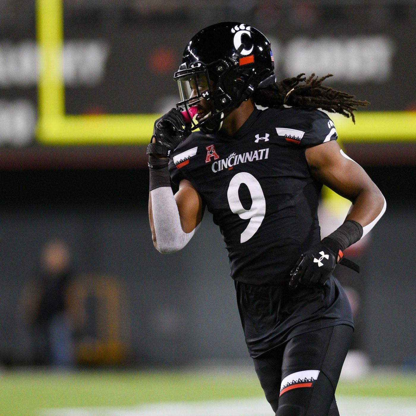 Cincinnati Bearcats Football Season In Review Arquon Bush Down The Drive