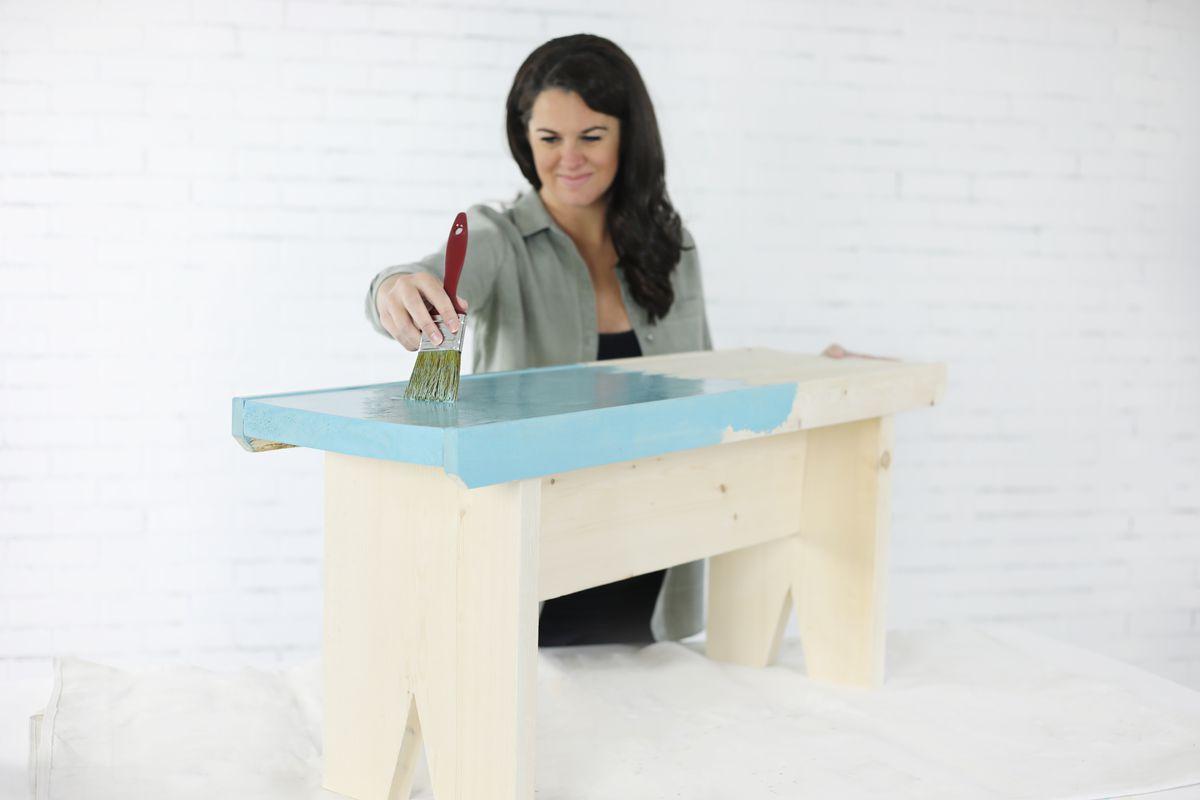 Jenn Largesse builds a simple garden bench.
