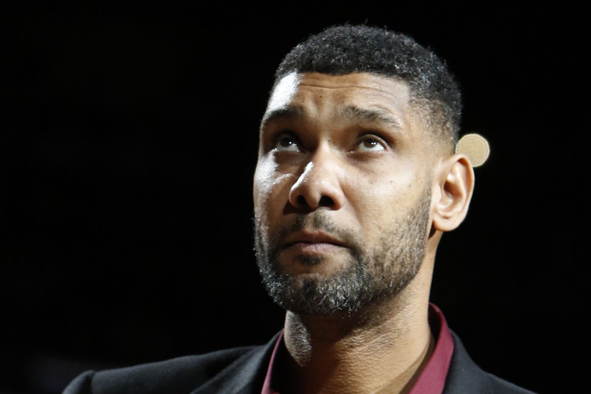 Tim Duncan The ultimate Spurs 21 Pounding The Rock
