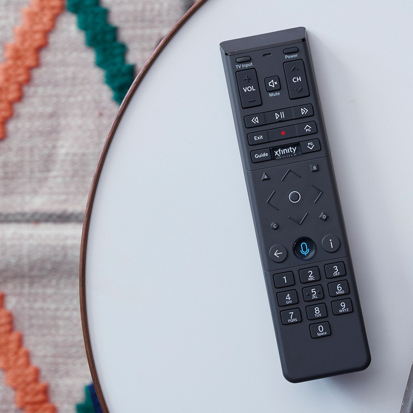 Comcast S Redesigned X1 Voice Remote Can Locate Your Cellphone The Verge