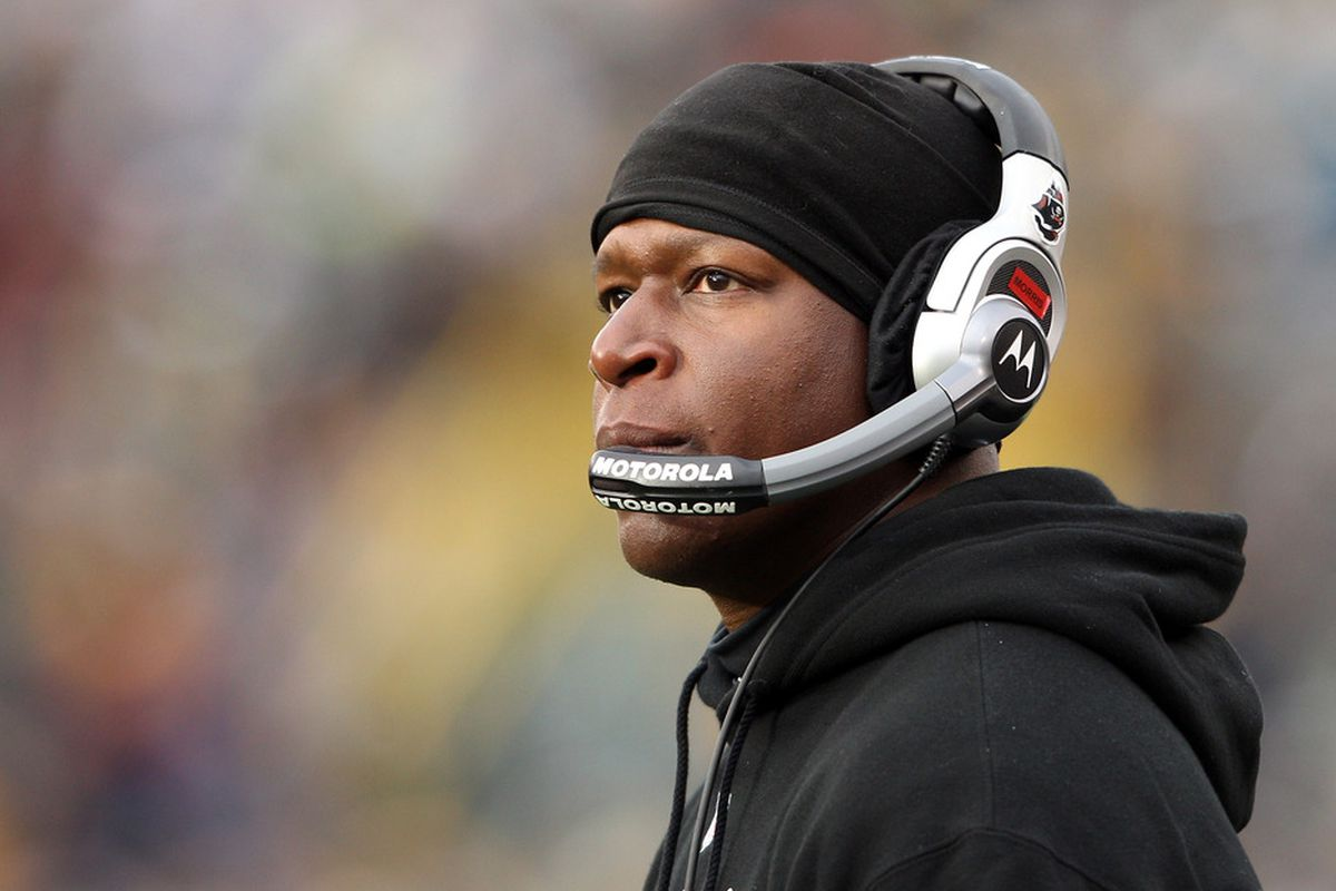 GREEN BAY, WI - NOVEMBER 20:  Head coach Raheem Morris of the Tampa Bay Buccaneers looks on from the sideline in the second half against the Green Bay Packers on November 20,2011 at Lambeau Field in Green Bay, Wisconsin.  (Photo by Elsa/Getty Images)