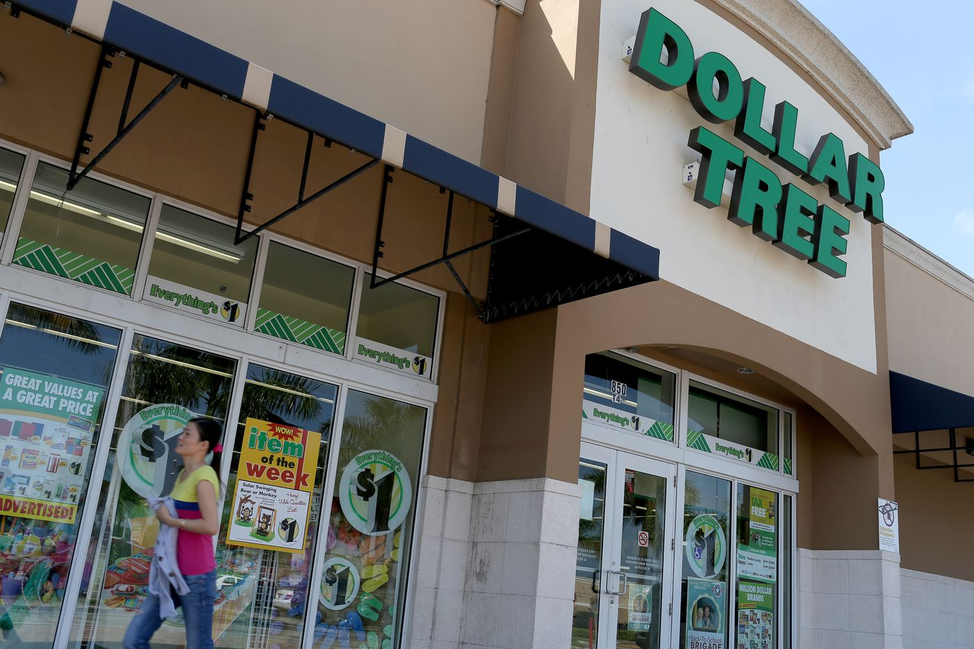 Dollar Tree is closing almost 400 Family Dollar stores this year - Vox