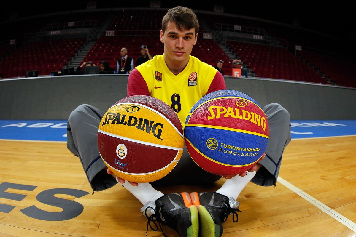 ISTANBUL, TURKEY - APRIL 10: Mario Hezonja, #8 of FC Barcelona warms-up prior to a Turkish Airlines Euroleague Basketball game.