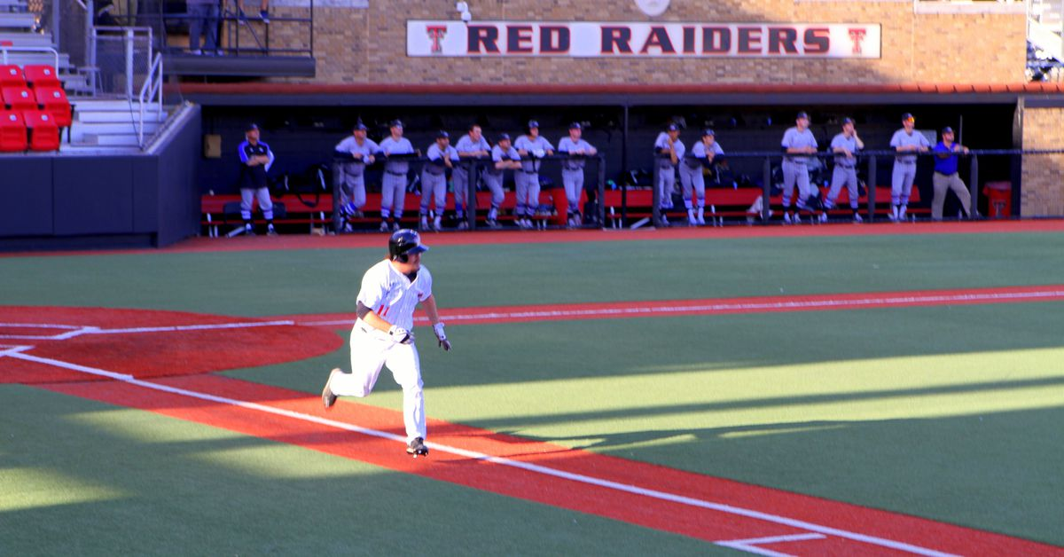 Texas_tech_baseball_05__tmacraider_
