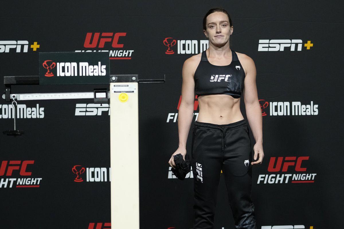 UFC Fight Night: Santos v Walker Weigh-in