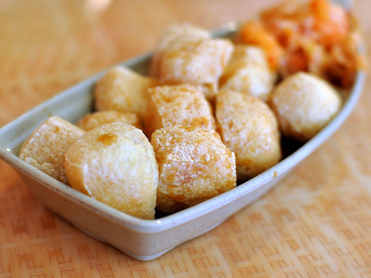 A serving of deep-fried stinky tofu.