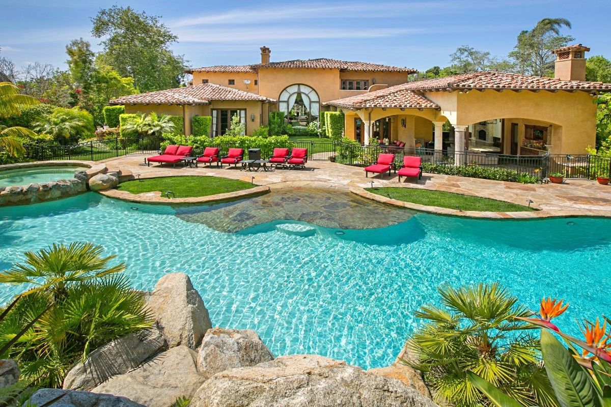 10 Of The Most Lavish Nfl Player Homes Curbed And Then We Get To Our Offices Retired Quarterback Jeff Garcia Is Selling His Rancho Santa Fe Home For 5795 Million Via Redfin