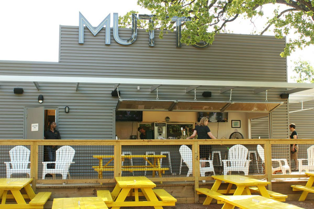 Mutts in Uptown.