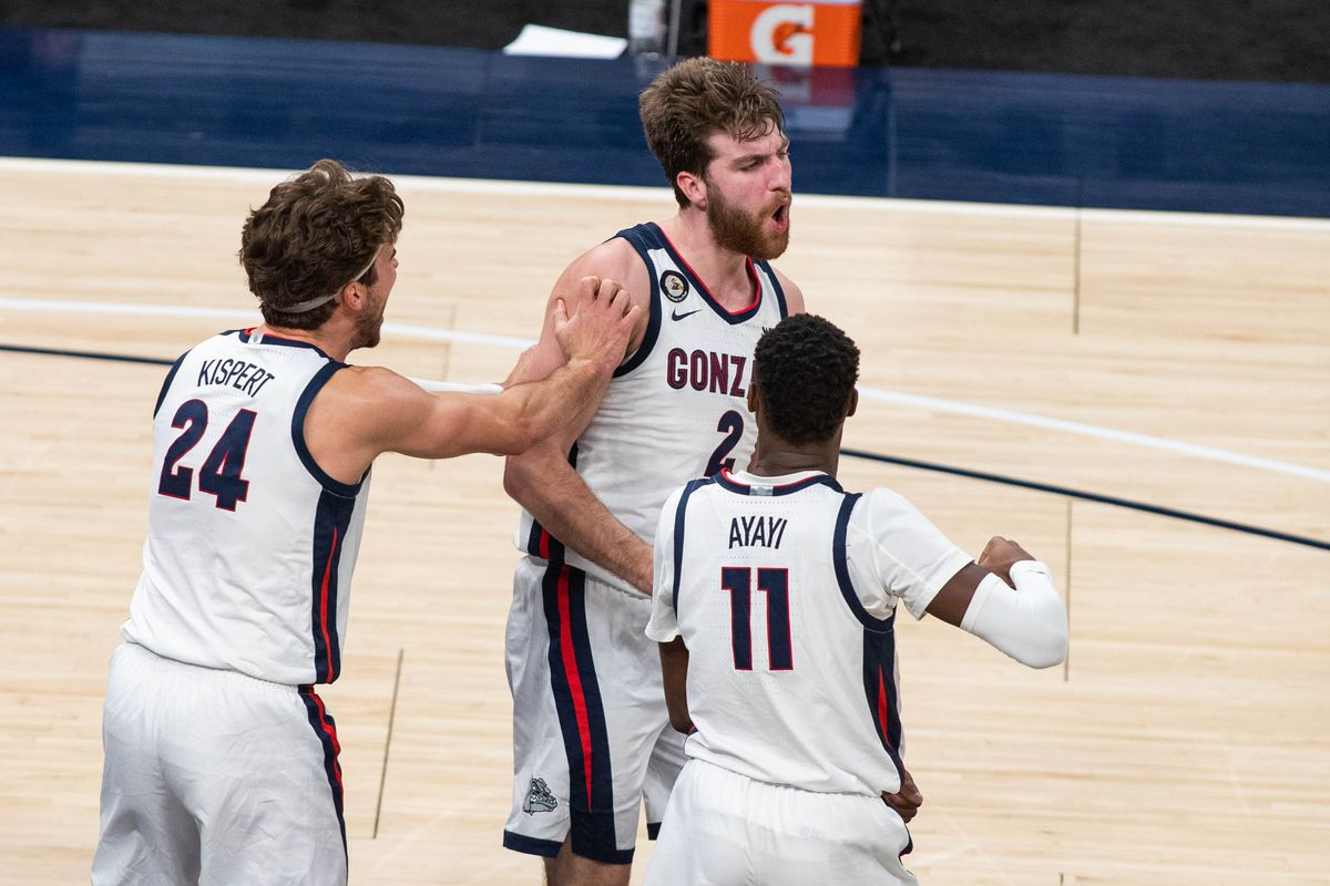Gonzaga Bulldogs forward Drew Timme celebrates with teammates in the second half against the West Virginia Mountaineers at Bankers Life Fieldhouse.