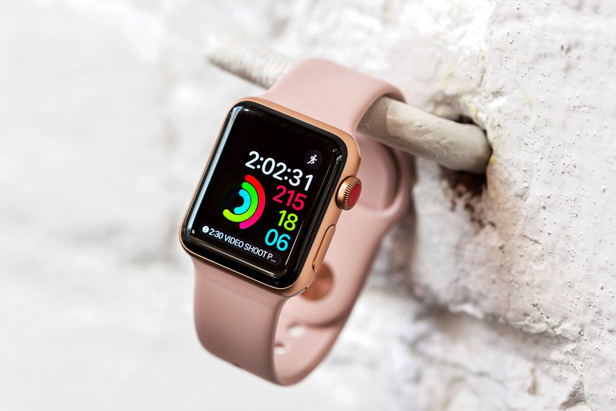 42e63a067702 From the outside, you wouldn't really know this is a new Apple Watch. It  looks just like the Series 2 model, and the Series 1 before that.