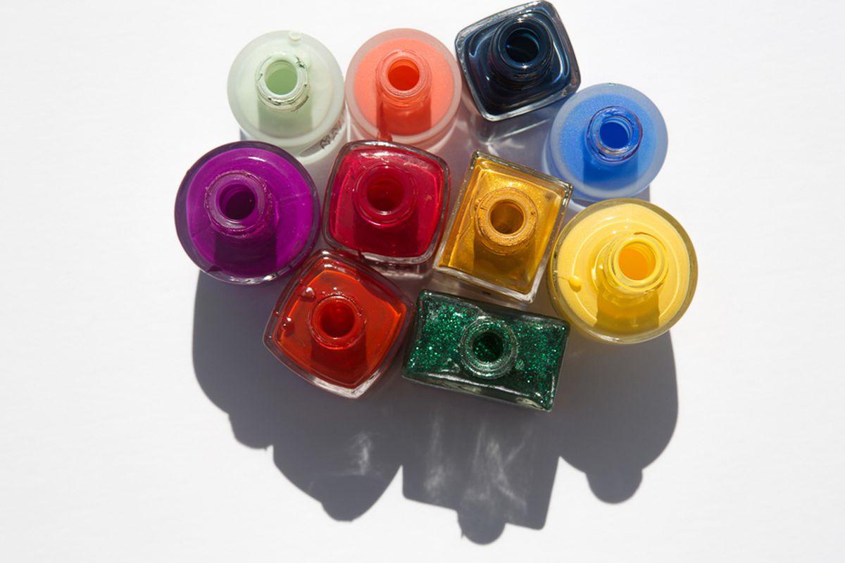 "Image <a href=""http://intothegloss.com/2014/09/fall-nail-polish/"">via</a>"