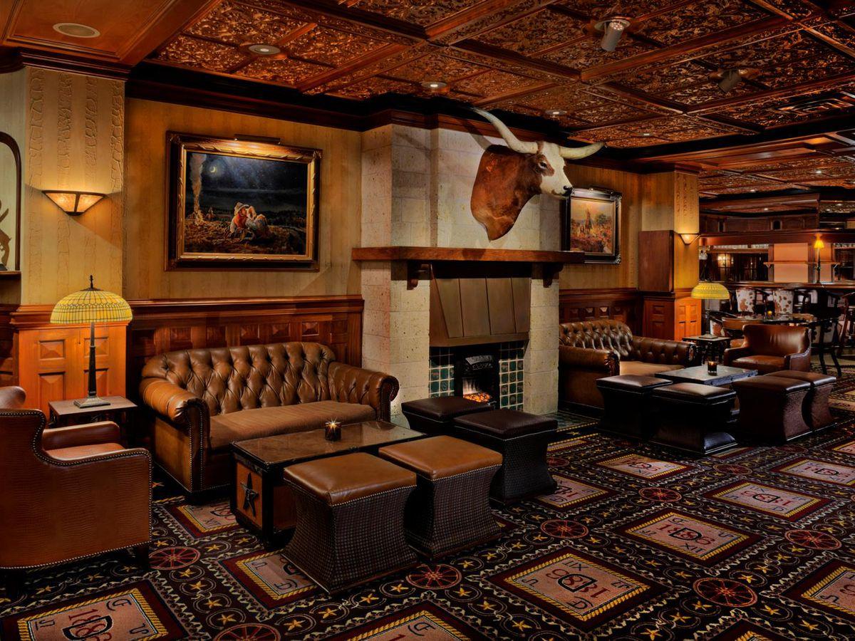 Driskill Bar