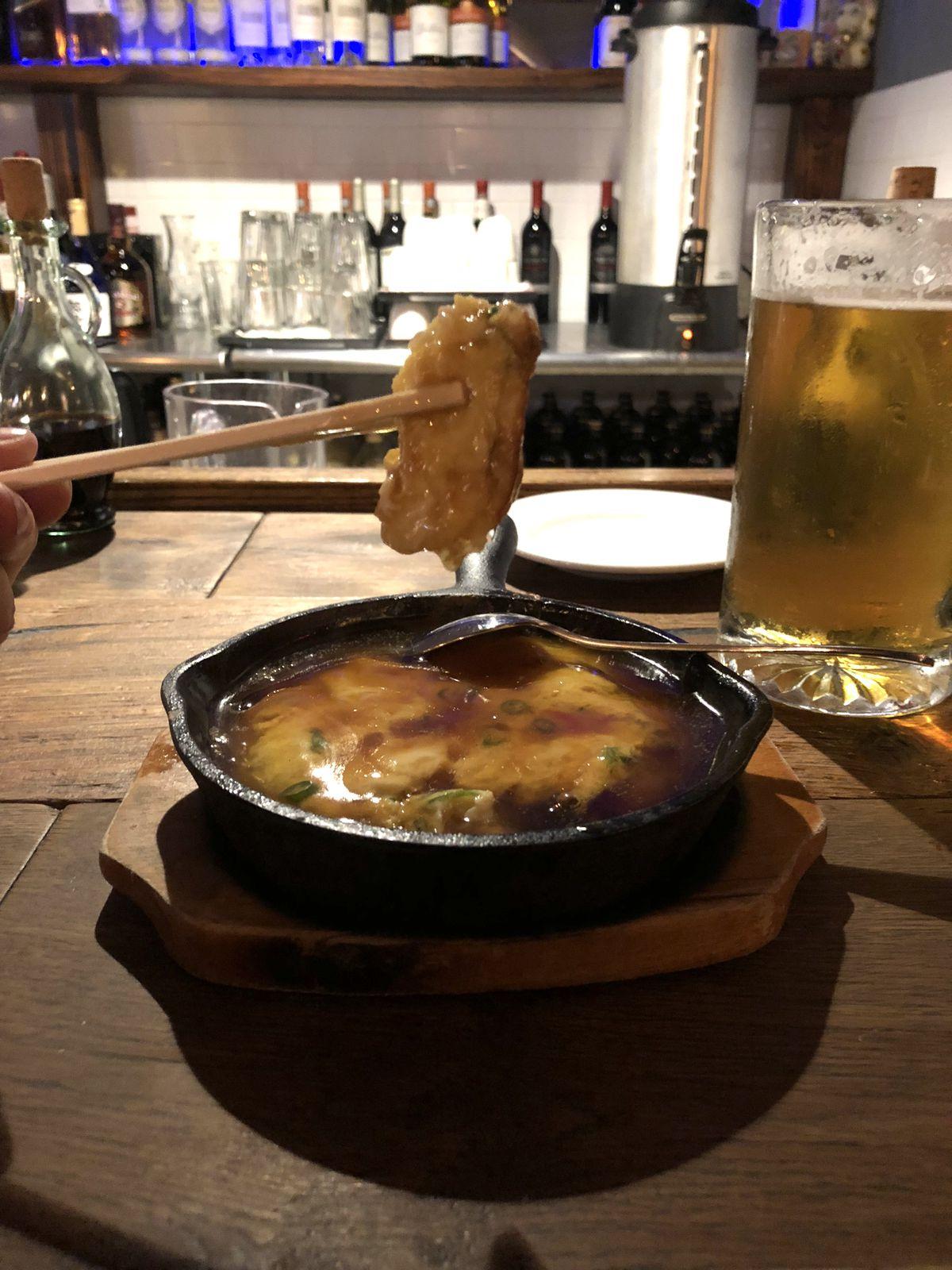 Sizzling crab omelet at Donburiya