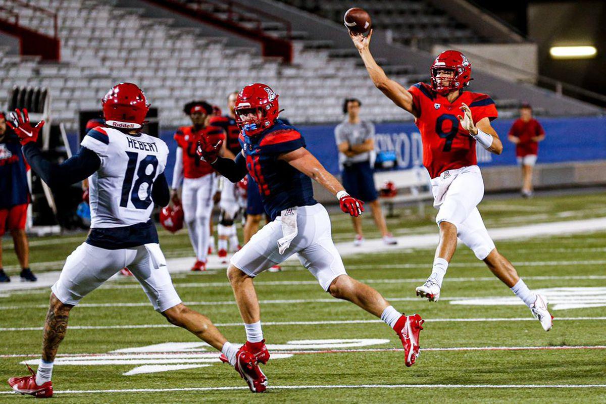 arizona-wildcats-college-football-preseason-scrimmage-quarterbacks-fisch-cruz-plummer-mccloud-2021