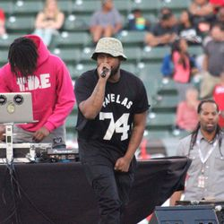 """Schoolboy Q performed """"Man of the Year"""" & """"Collard Greens"""" at halftime."""