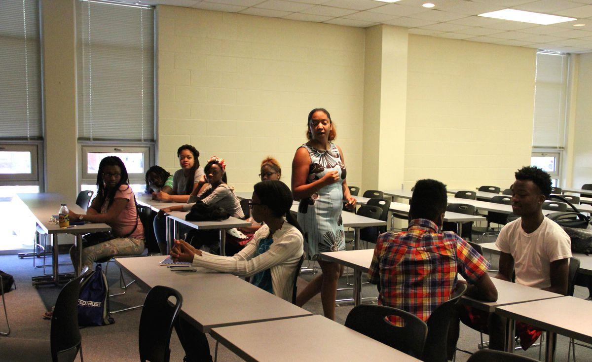 University of Memphis instructor Jennifer Sadler presents a lesson during an entrepreneurship class at the GRAD Academy Summer Institute.