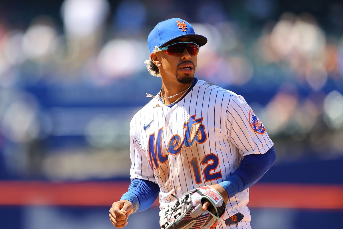 Francisco Lindor #12 of the New York Mets in action against the Baltimore Orioles at Citi Field on May 12, 2021 in New York City. New York Mets defeated the Baltimore Orioles 7-1.