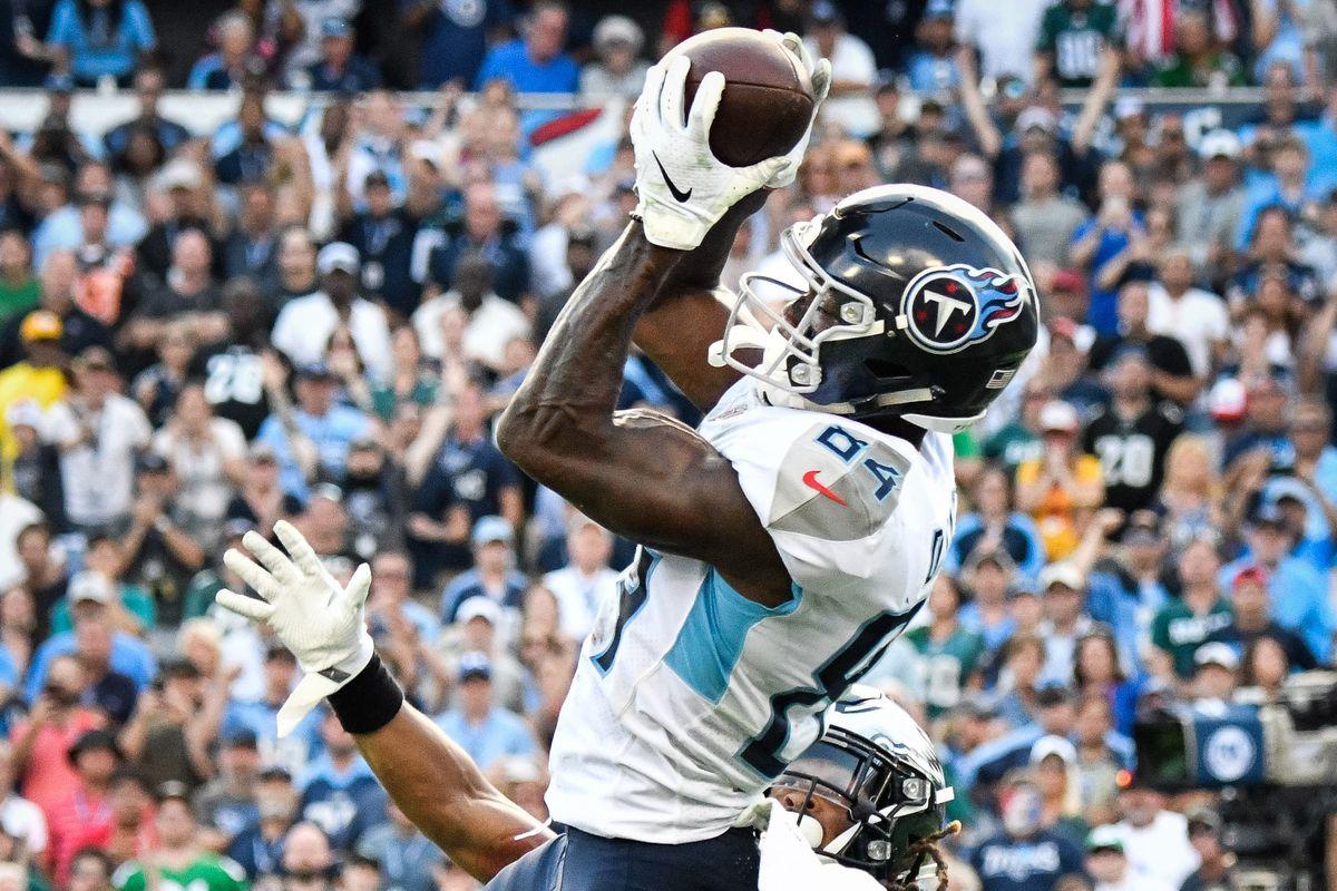 NFL: Philadelphia Eagles at Tennessee Titans
