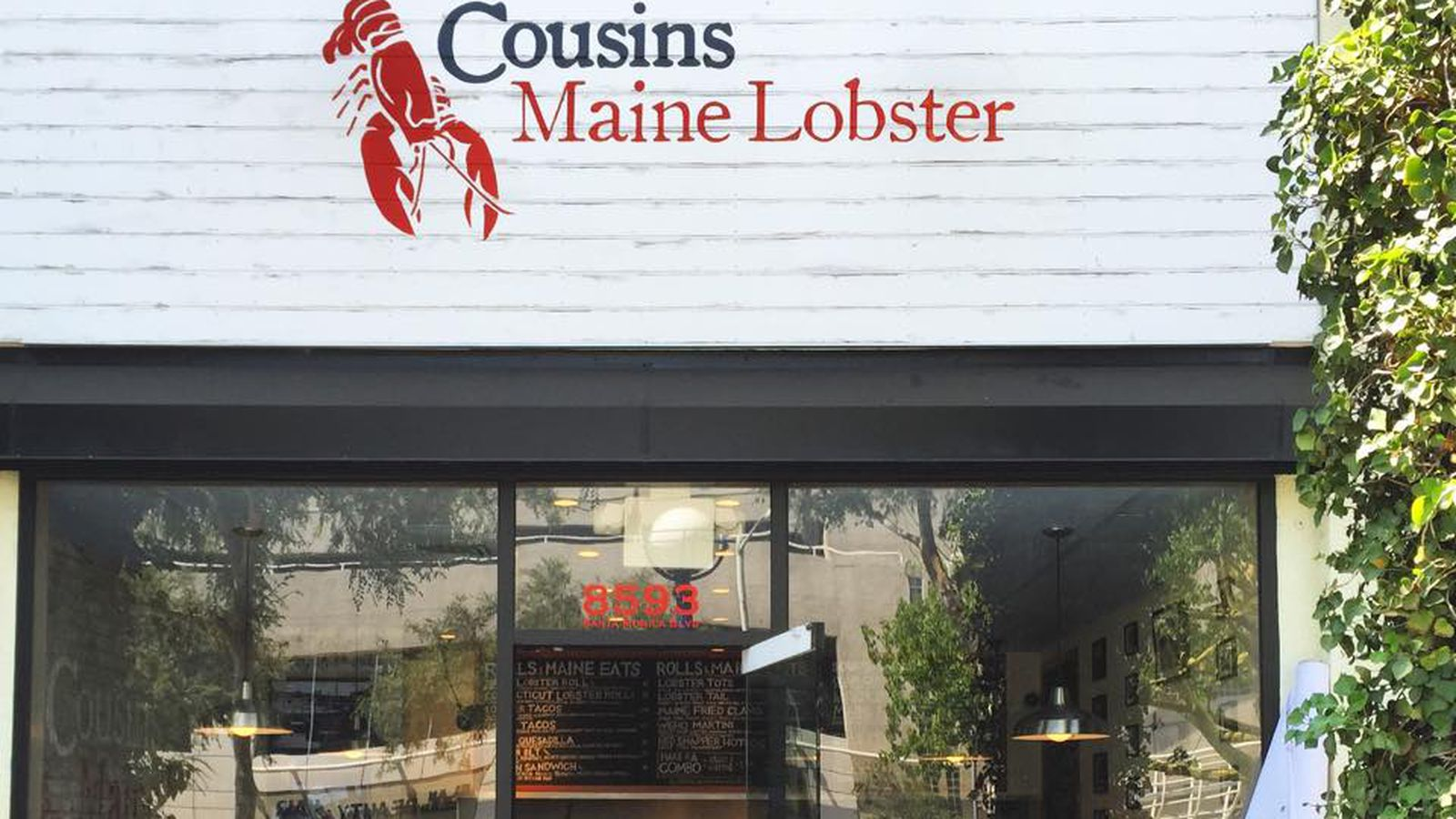 Cousins Maine Lobster Brings Giant Seafood Filled Martini Gles To New Weho Location Eater La
