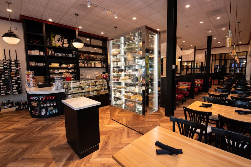 Inside the new Cheesetique