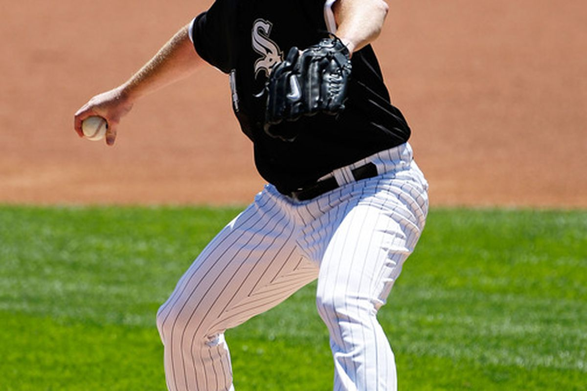 CHICAGO - JUNE 24: Starting pitcher Gavin Floyd #34 of the Chicago White Sox delivers the ball against the Atlanta Braves at U.S. Cellular Field on June 24, 2010 in Chicago, Illinois. (Photo by Jonathan Daniel/Getty Images)