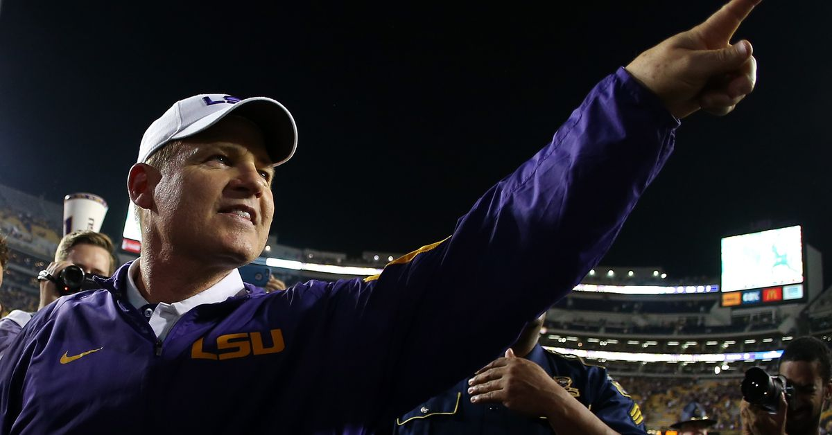 Les Miles is doing college football TV in 2017. Here's why ...