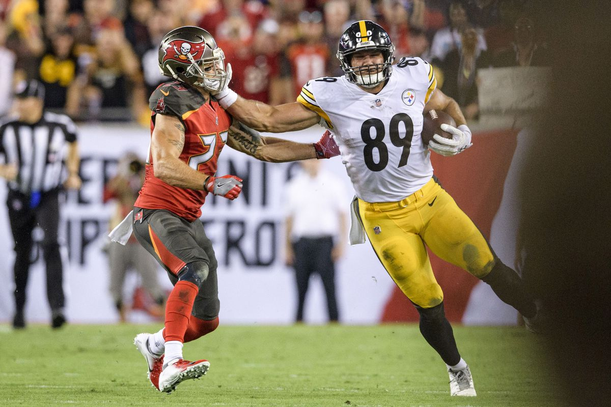 "90c31286e50 Vance McDonald provided the ""Stiff-arm heard  round the world"" Monday night"