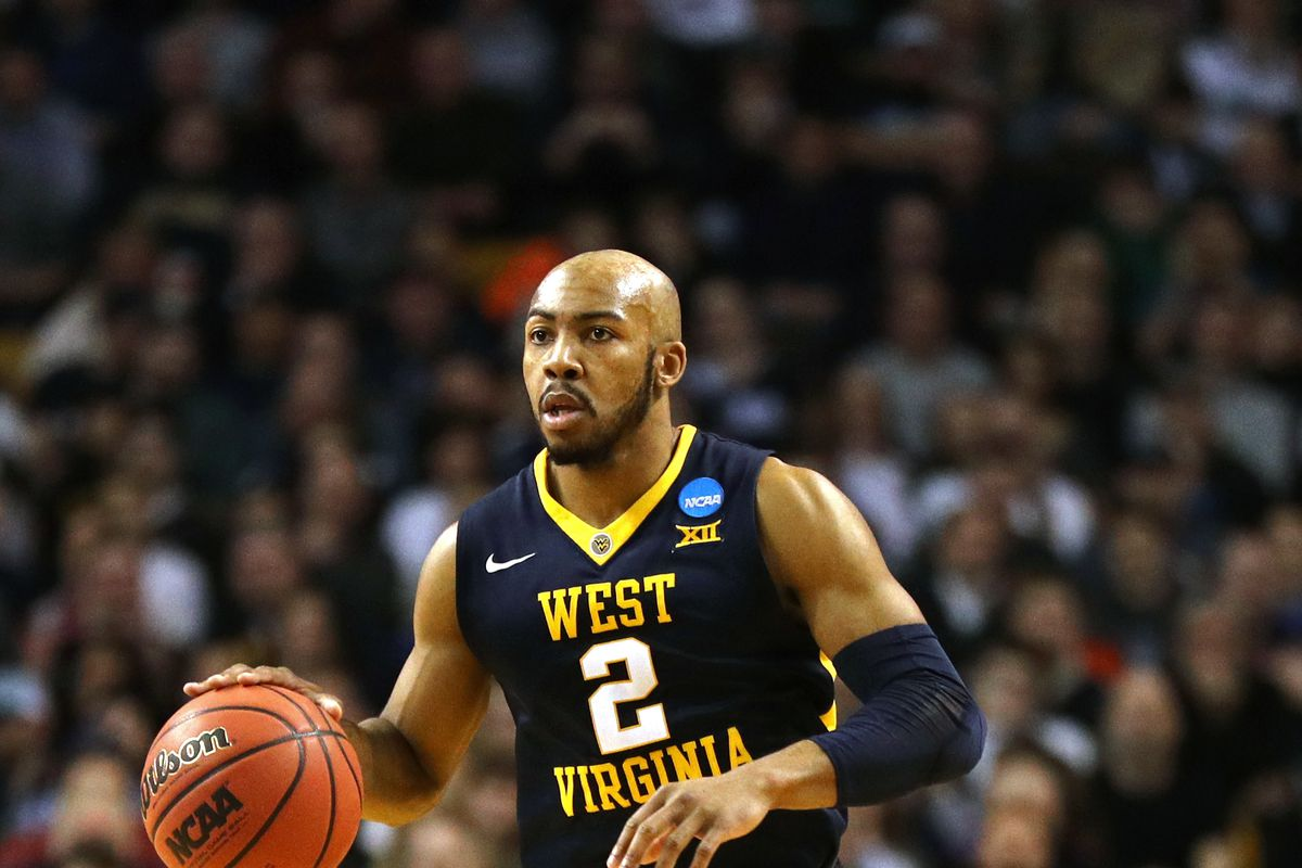 2c09feea5 How Jevon Carter impacts the Grizzlies backcourt - Grizzly Bear Blues