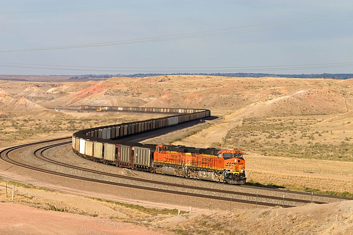 A loaded coal train works hard approaching Converse Junction on Logan Hill in the Powder River basin