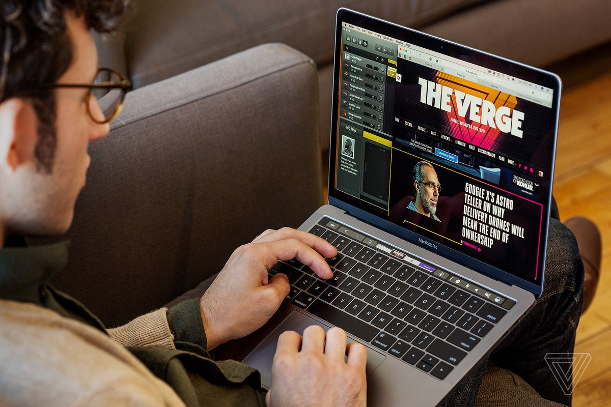 MacBook Pro with Touch Bar review: a touch of the future - The Verge