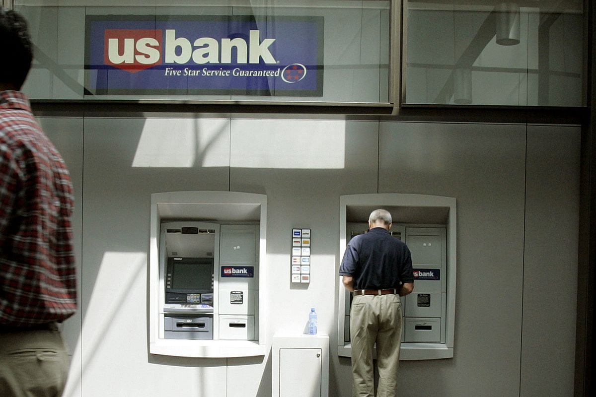 us bank closing branches in chicago