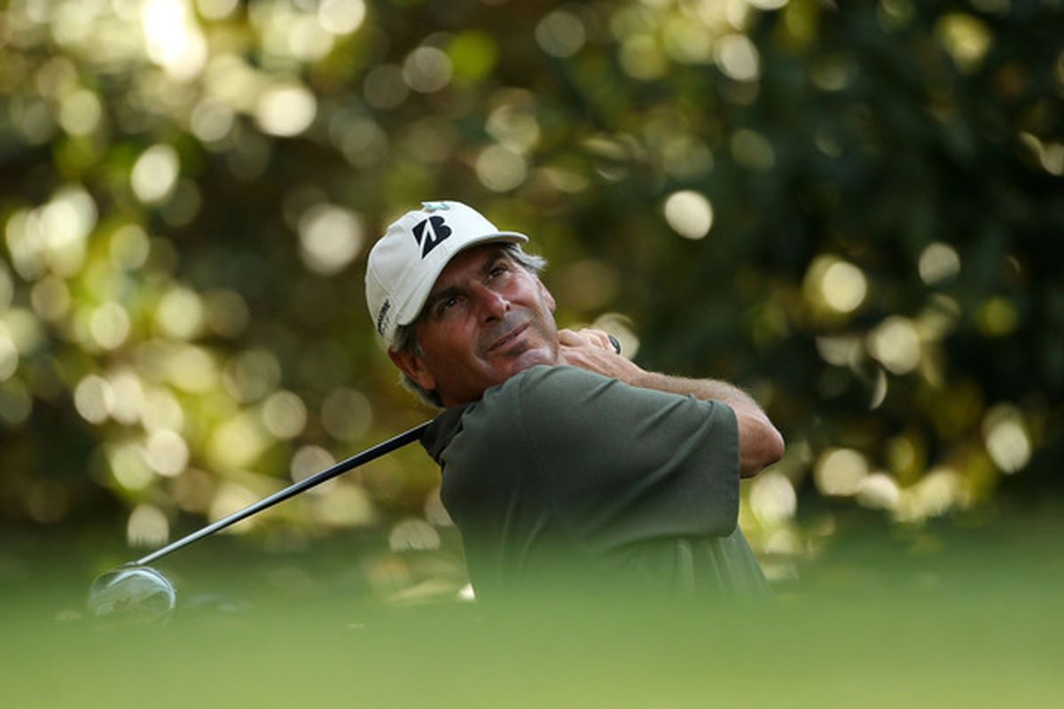 AUGUSTA, GA - APRIL 05:  Fred Couples hits a tee shot during a practice round prior to the 2010 Masters Tournament at Augusta National Golf Club on April 5, 2010 in Augusta, Georgia.  (Photo by Andrew Redington/Getty Images)